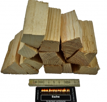 BBQ Wood Chunks Esche 1KG